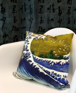 cushion J201001a